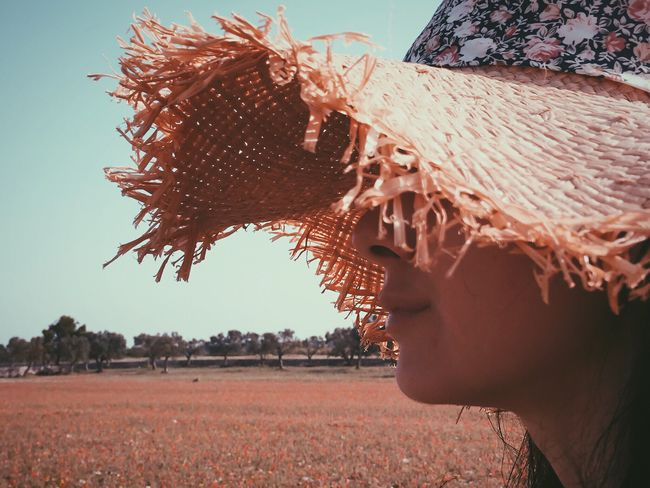 IPhone Summer Views Summer Girl Details Nature Eye4photography  Iphoneonly Silhouette VSCO Portrait Photography Portrait Of A Woman Woman Who Inspire You Beautiful Iphonephotography IPhoneography The Portraitist - 2016 EyeEm Awards The Essence Of Summer