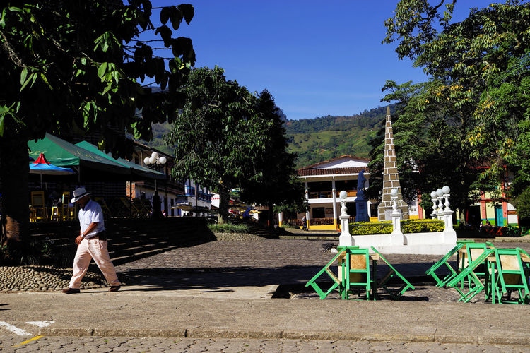 Sunny day in Central Park of Jardin Resort, Colombia, South America Day Outdoors Colombia Colombia Es Bella Street Photography Streetphotography People People Photography people and places Travel Travel Destinations Travel Photography City Street City Cityscape Jardin Jardin Colombia Coffee Region Cordiliera Central Tourism Destination Touristic Landmark Landmark Building Park - Man Made Space Park