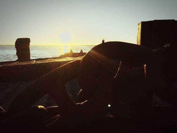 Unchain my heart 🎵🎵🎵 Unchain Unchain My Heart Chain Chains Eye4photography  EyeEmBestPics Eyeemphotography EyeEm Best Shots EyeEm Gallery Bestoftheday EyeEmbestshots Sunkissed Sunrise_sunsets_aroundworld Port