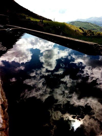 Garrotxa Ripolles Taga Watter_collection Watter Reflection Reflexes Mountain Muntanya Sky Collection