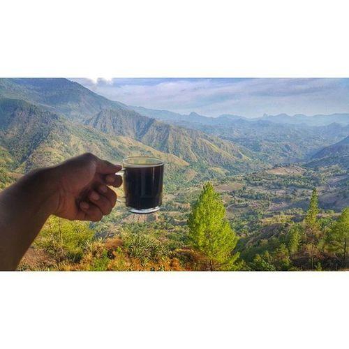 Sruuuupp.... Coffee Drink Jj  Hellworld Photooftheday VSCO Vscocam Iphonesia Love Bestoftheday Picsart Instanusantara InstaSulawesi Anakikutikutan Instagram Culture Day Cave Caving Mountains INDONESIA