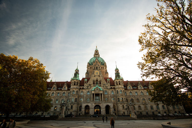 Buildings Building Architecture Hannover, Germany Hanging Out Germany Trip Day Autumn Autumn colors Park