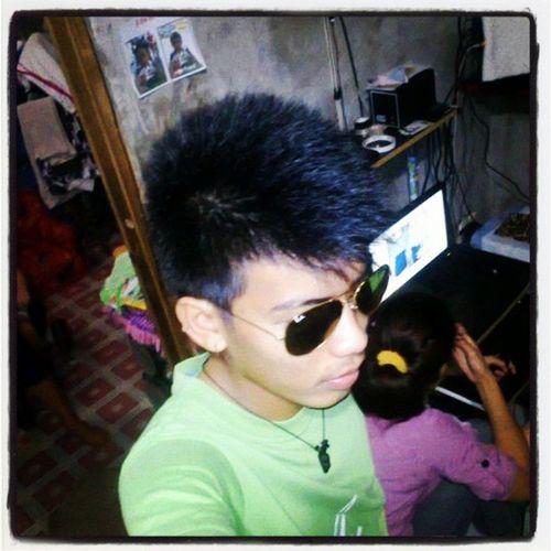 follow me back guys . tnx :) Eiksmoht