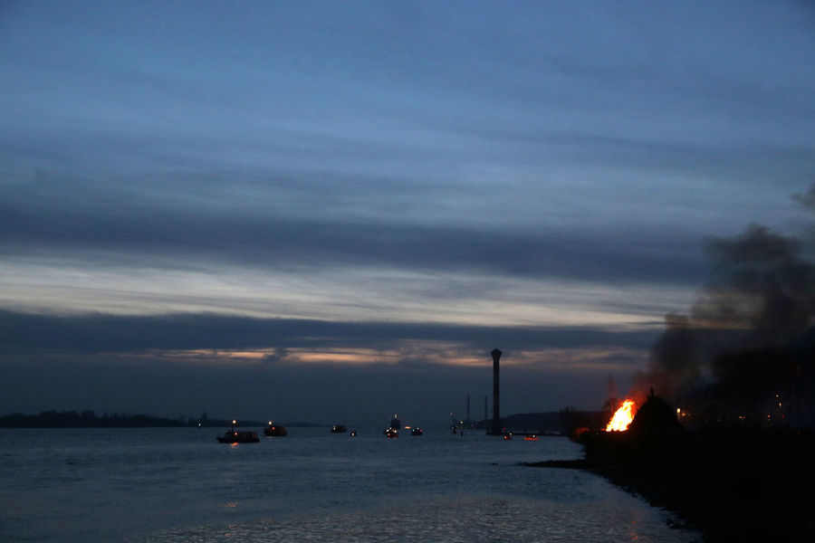 1701, Hamburg-Blankenese, Osterfeuer an der Elbe, Easter fire on the Elbe Beauty In Nature Blankenese Cloud - Sky Easter Fire Elbe Fire Hamburg Nature Outdoors Sea Sky Sunset Water The Photojournalist - 2017 EyeEm Awards