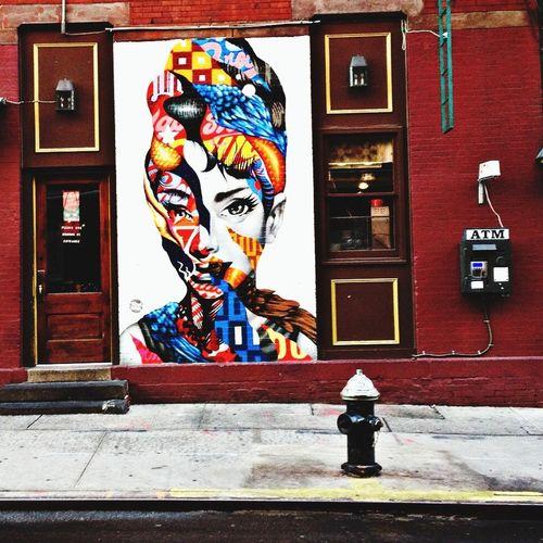 Art on the street. Exploring the Eva filter. Eva Filter Streetphotography Streetart NYC