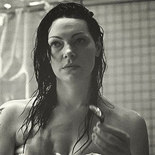 Oitnb Lauraprepon ??? Today's Hot Look Hot love her ?? -alexvause