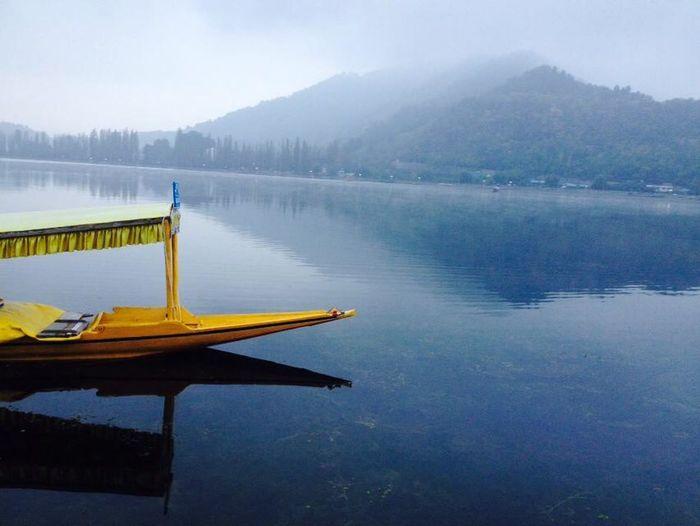Shikara kashmir jhelum blue peace yellow boat Blue Enjoying Life Jhelum Kashmir Mountains Peace Shedows Shikara Water Yellow