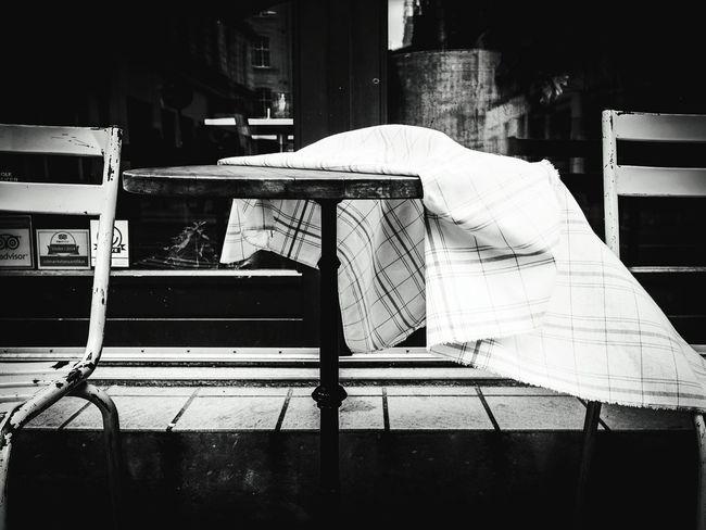 Copenhagen Copenhagen, Denmark Bnw Blackandwhite Black And White Table Unperfect The Street Photographer - 2016 EyeEm Awards Storytelling Monochrome Still Life Shootermagazine Urban Lifestyle Olympusinspired Olympus Olympusomd Olympus OM-D E-M5 Mk.II Getolympus Point Of View Drastic Edit Shootermag Streetphotography Street Photography Streetphoto_bw Eye4photography