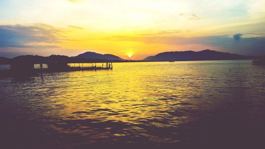 Sunrise at Pulau Pangkor Sunshine Pangkor Fishing