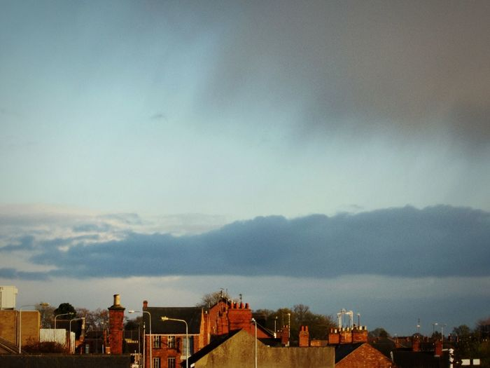 ⬜ Storm Warning ⬜ Check This Out Old Town Simple Beauty Pastel Power Sky Sky_collection Minimalobsession Pastel Power Pastel Blue Is The Hue Showcase April Sky And Clouds Skylovers Minimalist Smart Simplicity Landscape_Collection Minimallandscape The Moment Lindsay's Little Manchester Little Old Town