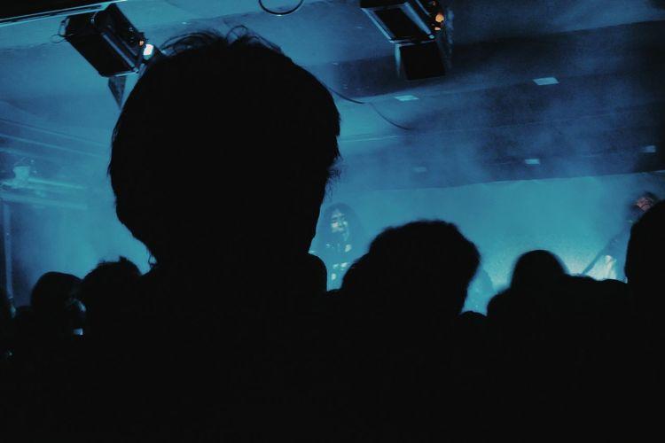 Silhouette Blue Neon Concert Alcest Spazio211