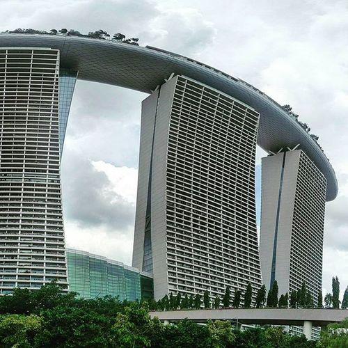 Weird looking building. :-/ Marinabay Marinabaysands Resort Singapore Downtown Buildings Architecture Marina Luxury Posh Gardensbythebay