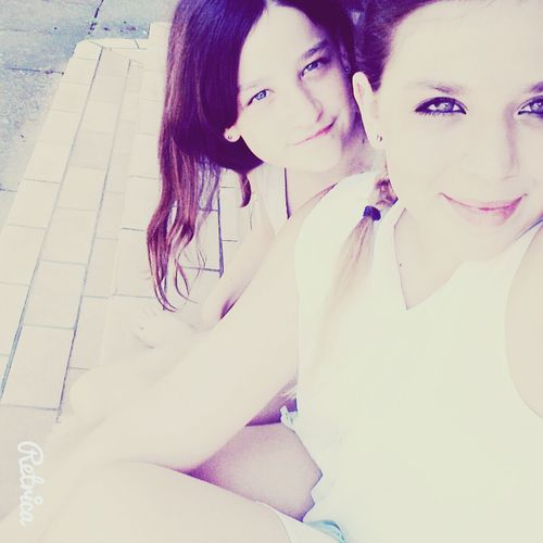 Angii!*-*♥ LoveU Me And My Sister <3