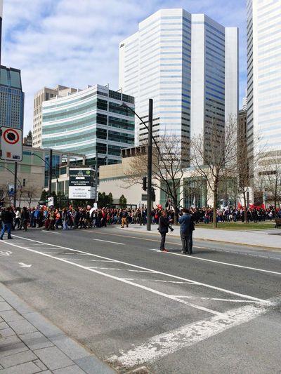 2015/05/01: Manifestation / Demonstration Manifestation Demonstration Montréal Quebec Canada Urbanphotography