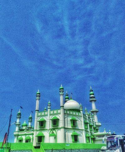 Mosque ☀ . Islam Muslim Mosque Church God Blessing Showered Prayer Happy Love Trivandrm Thiruvananthapuram Vizhinjam Trip VSCO Vscocam Vscogood Instagram Instafollow Indian Kerala Instamood Instagood Instanight