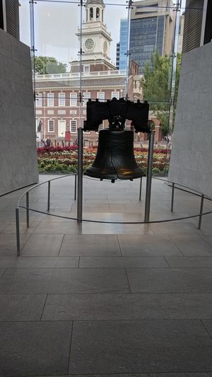 LIBERTY BELL LIBRARY BELL ... FREEDOM RING..... PHILADELPHIA PA