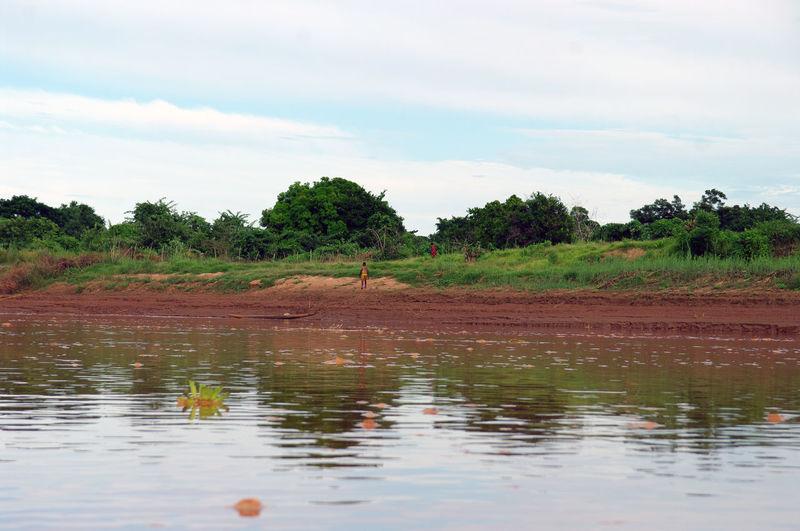 Backpack Belo Boat Madagascar  Miandrivazo River Tourism Travel Tsiribihina Tsirinin