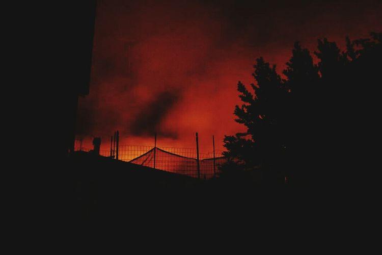 Sky Night Red