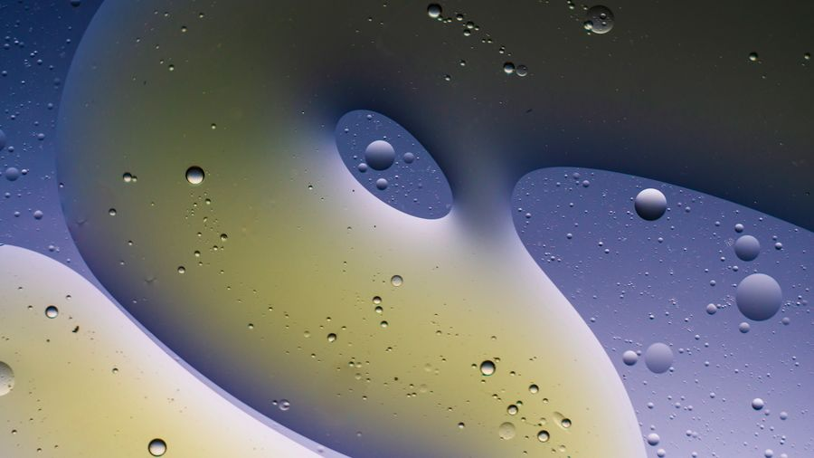 H2Oel Oel Water No People Close-up Indoors  Full Frame Abstract Bubble Backgrounds Fossil Fuel Extreme Close-up Abstract Backgrounds Pattern Oil Creativity Nature Studio Shot Multi Colored Magnification A New Beginning