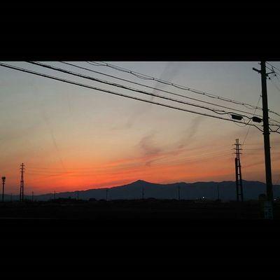 今日もおつかれさまでした。 空 Sky イマソラ Team_jp_ Japan Instagood 景色 Scenery 自然 Nature Icu_japan Ig_japan Jp_gallery Japan_focus Sunset Sunsets Sunsetlovers Skylovers Rebel_sky WORLD_BESTSKY Sun_sky_world Love_all_sky Total_sky Myskynow Sky_central ptk_skysunriseandsunsetworldsky_capturesjj_skylove