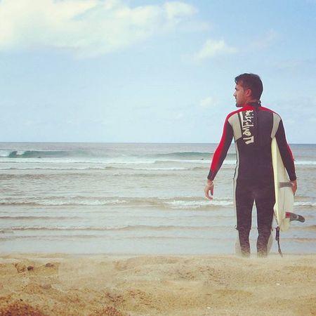 🌅🌴 Uno puede lamentar haber hablado, haber callado, haberse quedado, haberse marchado, haber perdido o haber gastado demasiado, pero a medida que transcurra la vida, descubrirás que nunca lamentarás haber sido amable...🌊🐬Surflifestyle Waves Surfboard Watersports Surflife Surfing Galifornia Coastplaces Thoughts Statesofmind