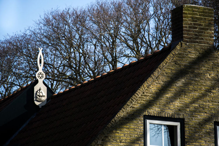 Ameland Holland Houses Roof Rooftops Shadow Shadows & Lights Nikon Nikon D5200 EyeEm Gallery Hanging Out EyeEm Best Edits EyeEmBestPics Photography Nature Threes Boat Sun Village Village Life Windows Stones