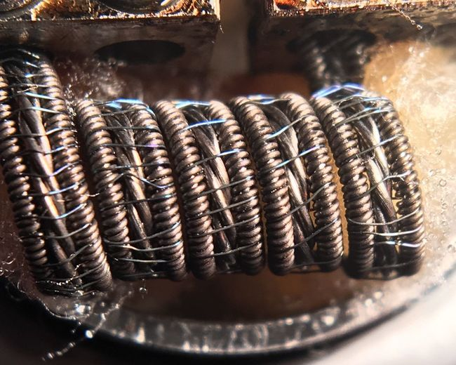 All Kanthal wire 28g x3 twisted, framed with 26gx32g claptons, wrapped with 40g ni80. Attempted staggered but more like a groove fuse style variation. Clapton Coil Coilsmith Coilbuilder Coilarchitects Coilart Coilporn Coils