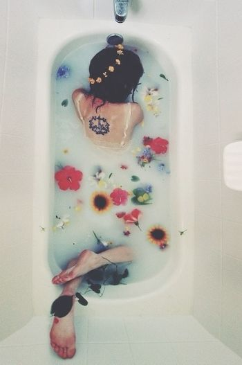 Photography Body Flower Bath Time