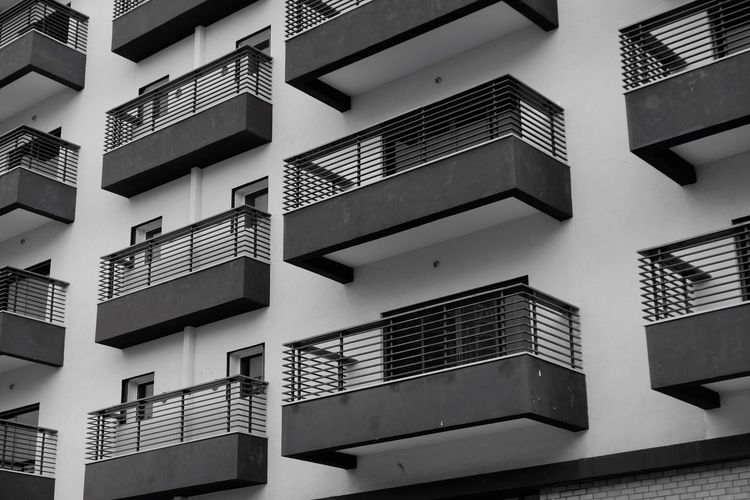 Built Structure Architecture Building Exterior Building Low Angle View No People Residential District Window City Apartment Full Frame Day Backgrounds Repetition Outdoors