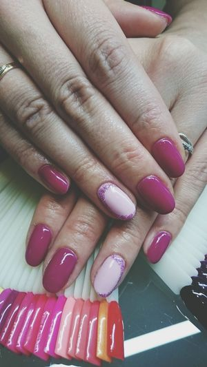 Nail Art Fingernail Nail Polish Human Hand Human Body Part Fashion Manicure Pink Color Adult Pink Nail Polish Painting Fingernails One Woman Only Adults Only People One Person Lush - Description Nailpolish Naildesign Fashion Fashion Photography Millennial Pink