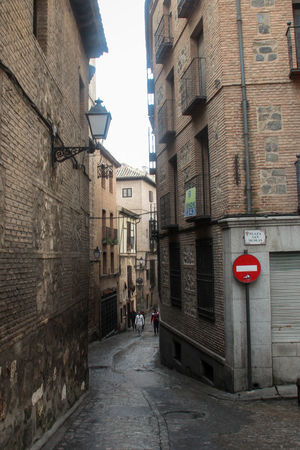 Old Town alley with a stop sign. Brick Wall Cute Houses Going Forward  Old Town SPAIN Spanish History Spanish Town Toledo Spain Alley Alleyway Architecture Building Exterior Built Structure Historical Place Narrow Alley Road Sign Romantic Alley Spanish Arquitecture Spanish Culture Stop Sign The Way Forward Toledo Toledo Old Town Travel Spain Travelling Photography