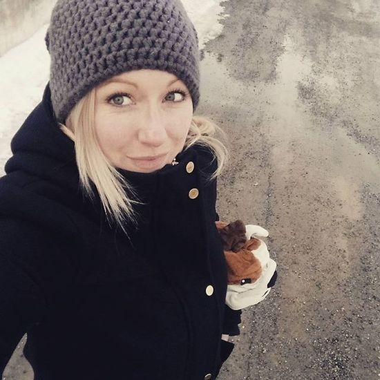 For a walk with Gustav, the little ones and the real dog 🐶😊💁😁 Mrsgreye Tiredasfuck INeedCoffee Ineedanap Afternoon Bedtimesoon Funnyshit  Littlemonsters Funnyaf