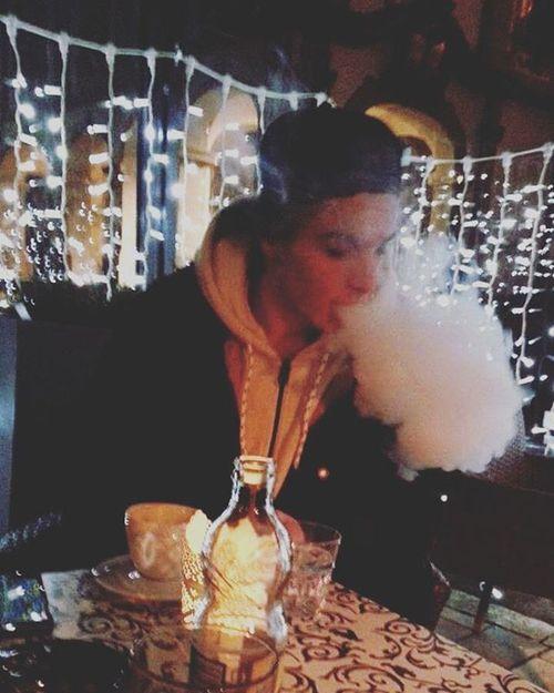 Vaping and coffe time.💨 Vaping Vapeeverydamnday Coffewithfriend Vapingisthefuture Coffe Nightlife Nightcoffee Me Mylifestyle MemyselfandI Istick50w Mutationxv4rda Smoke