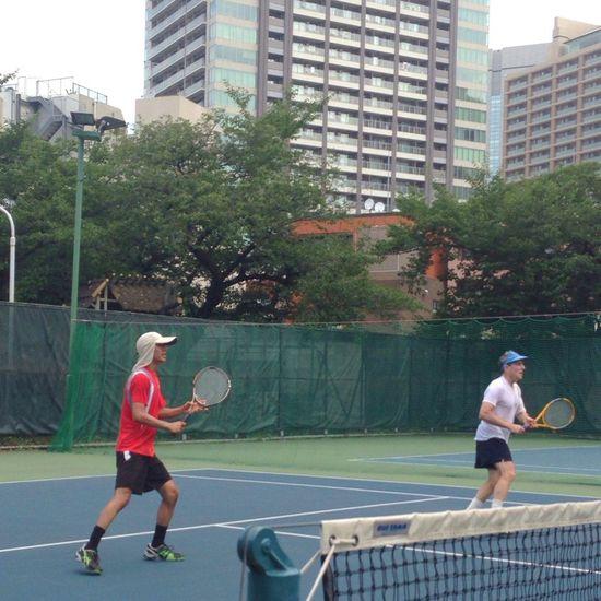 暑い東京の夏 六本木でテニス