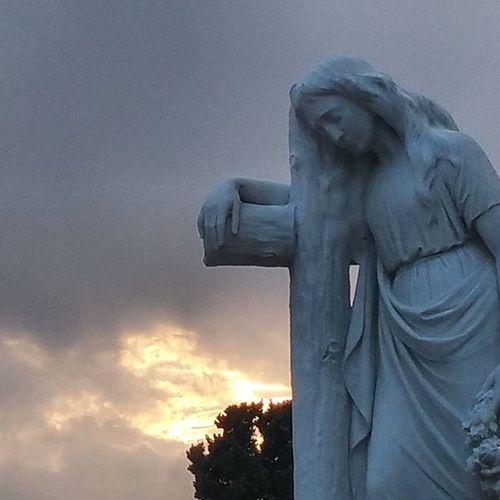 Fantàstica visita guiada al Cementiri de Lloret de Mar ViuLloret Viulacostabrava Cementirisdecatalunya Monumental_world