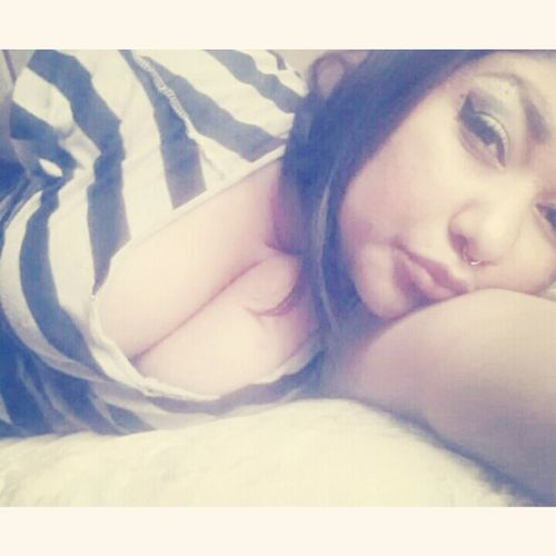 Can I Hit it in The Morning ? ;** BlownAF Chillinq . #layingdown ⇨⇨⇨♥