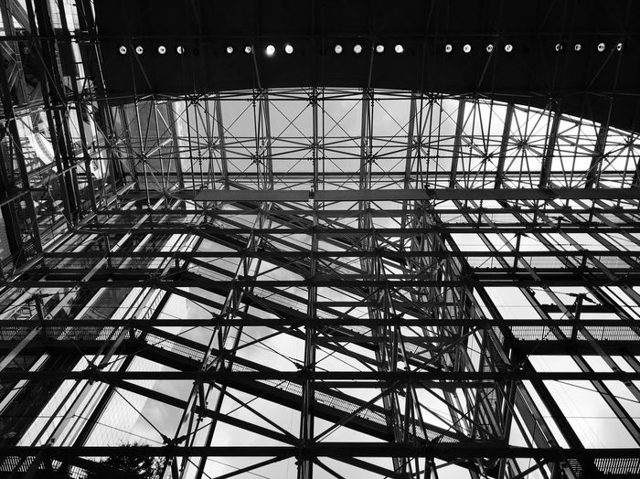 linearly Built Structure Architecture No People Pattern Day Metal Low Angle View Silhouette Outdoors Reflection City Ceiling Sunlight Sky Full Frame Backgrounds Nature