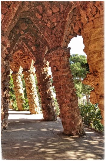 Parkguell Barcelona Madeofstone Stonestructures Barcelonalove Antoni Gaudí Antonigaudi Columns And Stone Built Structure