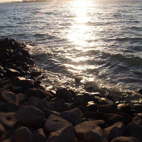 تصويري  جدة بحر صخور ابداع اجمل ❤❤❤~~