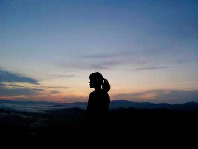INDONESIA EyeEm Indonesia Enjoying Life Kalimantanselatan BorneoDiaryBanjarmasin Borneo Silouette Sunrise Mountain View