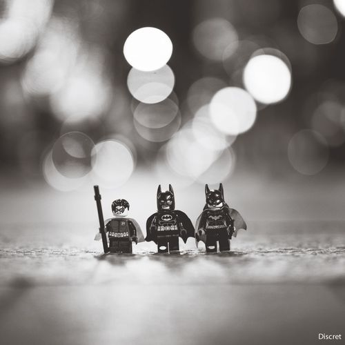 Batman Bnw_friday_eyeemchallenge Bokeh Robin Batgirl