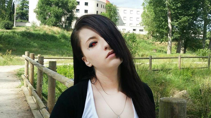 Model Girl Uta-gender Tokyo Ghoul Cosplay Cosplayer Model Girl KAWAII Black Hair Photo