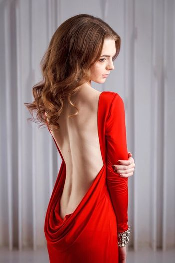 ❤️ Beauty Elégance Side View Beautiful Woman Fashion Glamour Red One Person Evening Gown Beautiful People Young Adult Indoors  Standing Only Women Sleeveless Dress One Woman Only Adults Only One Young Woman Only Adult People Model Top Model