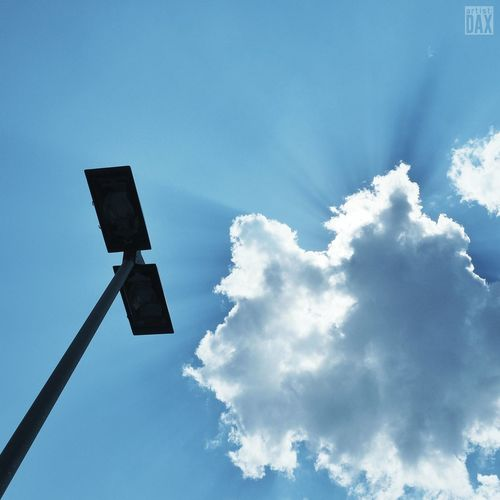 THAT'S the way german summer should look like! artist:DAX PHOTOGRAPHOHOLIC | born to capture | ArtistDAX PHOTOGRAPHOHOLIC Urbanphotography Streetphotography Streetlamp Lampenmittwoch Lampwednesday Bluesky Summertime Showcase: June Travelgermany Silenceinthecity Cityexplorer Urbanexplorer Mobilephotography_city Germany EyeEm Gallery Nordrhein-Westfalen Northrhein Westfalia Clouds And Sky