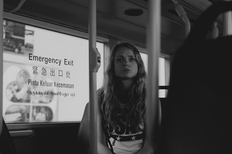 Daily Commute Streetphotography Up Close Street Photography Showcase April Human Justgoshoot Portrait People Stare Eye EyeEm Best Shots Street Portrait Young Women Portrait Of A Woman