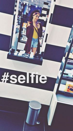 Spending time at the mall??? Enjoying Life That's Me Selfie Hello World