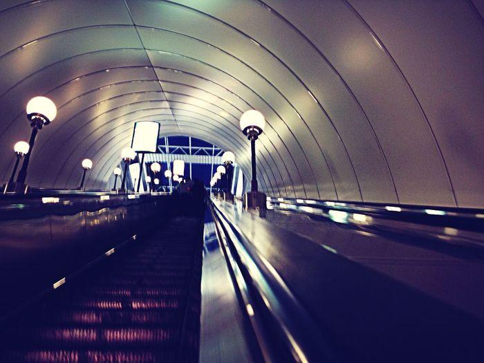 Metro Hanging Out Taking Photos Enjoying Life