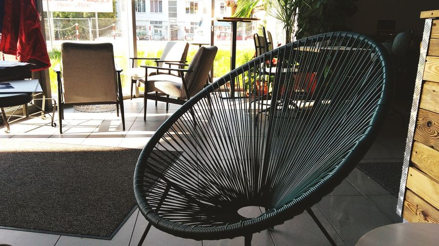 Table Chair No People Indoors  Day Electric Fan Architecture Close-up Time For A Break Time For Relax Relax Waiting For Someone Relax❤️ Relaxing Moments