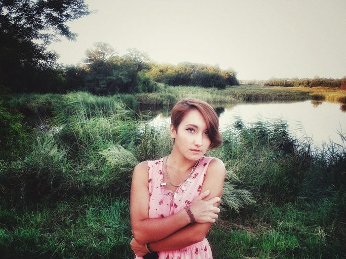 Hi! Hello World That's Me Ukrainian Girl Sad Girl україночка Українаєдина славаукраїні