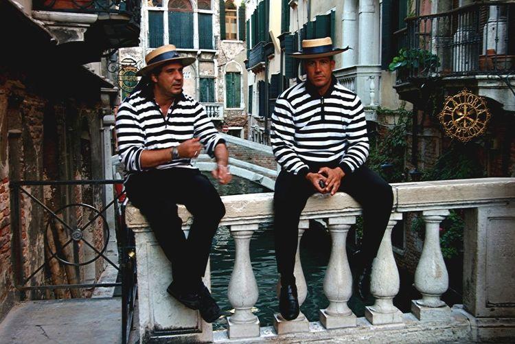 Venezia - Gondolieri Si Riposano